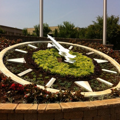 Spartanburg South Carolina street corner floral clock