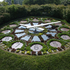 Ft. Lincoln cemetary floral clock with custom clock numbers
