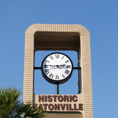 Historic Eatonville FL bracket clock