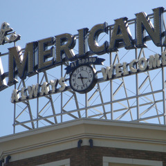 Glendale CA Americana at Brand mall clock