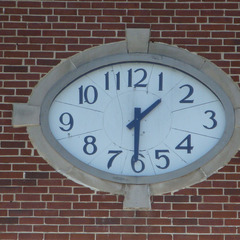 School clock in Valley AL