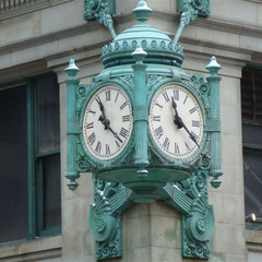 Macys State Street iconic bronze clocks, Chicago IL