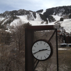 Public clock repair, Aspen CO