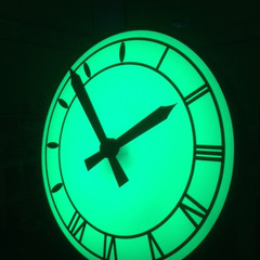 Clock LED lighting options Green